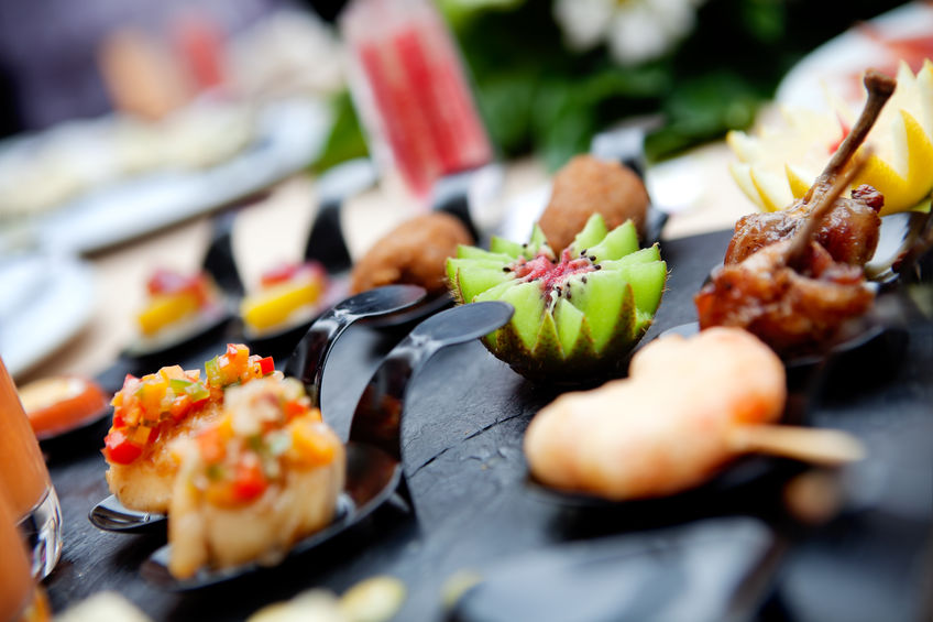 Things to consider while hiring a catering company